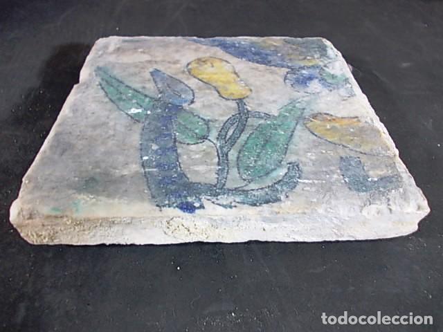 Antigüedades: 16-ANTIGUO AZULEJO VALENCIANO DEL XVII-XVIII CON UNAS MEDIDAS DE 14 X 13,75 X 2,2 CM D-108 40€ - Foto 3 - 86090320