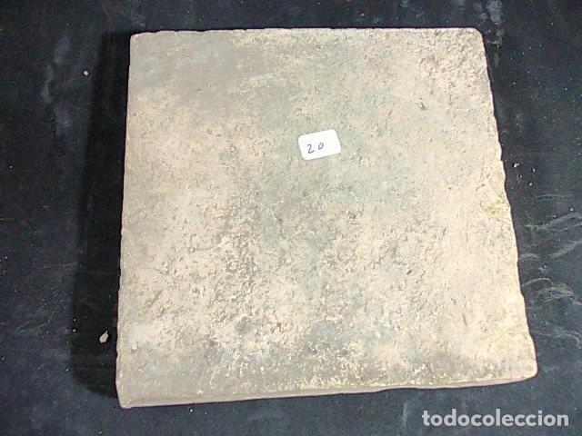 Antigüedades: ANTIGUO AZULEJO VALENCIANO DEL XVII-XVIII - Foto 3 - 86090660