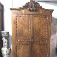 Antigüedades: ANTIGUO ARMARIO DE RAÍZ DE NOGAL. Lote 86106735