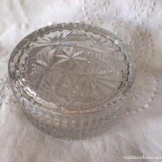 Antigüedades: BOMBONERA EN CRISTAL DE BACCARAT DE GRAN TAMAÑO 13,5 CM DE DIÁMETRO. Lote 86163988