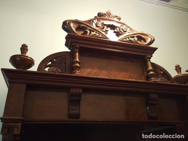 Antigüedades: Armario ropero antiguo alfonsino con espejo - Foto 5 - 86250732