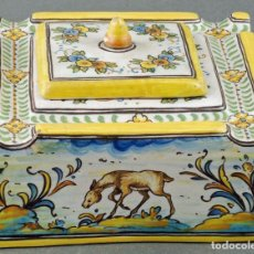 Antigüedades: TINTERO CON TAPA CERÁMICA TALAVERA RUIZ DE LUNA S XX. Lote 86286444