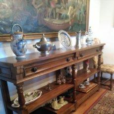 Antigüedades: GRAN APARADOR ANTIGUO ESTILO CASTELLANO. Lote 86301604