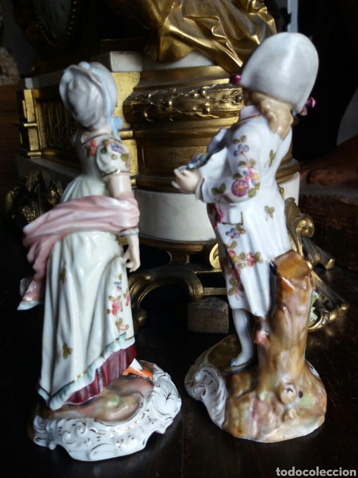 Antigüedades: PRECIOSA PAREJA DE PORCELANA FRANCESA - Foto 10 - 86413840