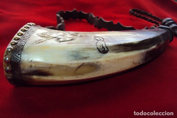 Antigüedades: Polvorera en asta de toro con grabados pastoriles - arte popular - zona de salamanca - Foto 9 - 86441356