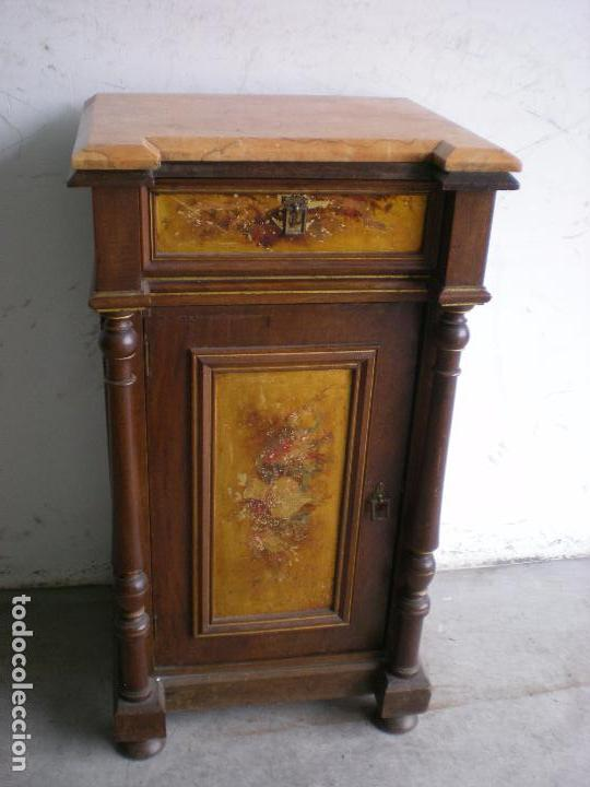 ANTIGUA MESILLA DE NOCHE (Antigüedades - Muebles Antiguos - Auxiliares Antiguos)