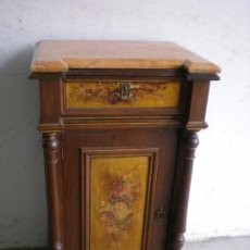 Antigüedades: ANTIGUA MESILLA DE NOCHE. Lote 86455320