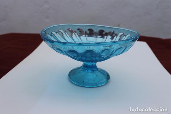ANTIGUO DE FRUTERO AZUL DE SANTA LUCIA, CARTAGENA, CRISTAL PRENSADO (Antigüedades - Cristal y Vidrio - Santa Lucía de Cartagena)