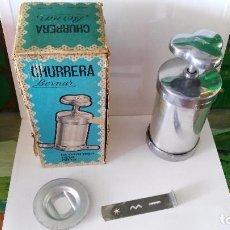 Churrera Bernar con caja original y accesorios que se ve en las fotos -años 60