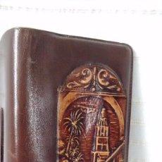 Antigüedades: CIGARRERA DE PIEL LABRADA CON MOTIVO CORDOBÉS SIN ESTRENAR. Lote 86595620