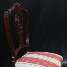 Antigüedades: DOS SILLAS CAOBA MAZIZA. Lote 86597160