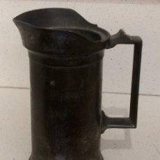 Antigüedades: JARRA MEDIDOR DE ESTAÑO DE MEDIO LITRO, FINALES SIGLO XIX.. Lote 86624331