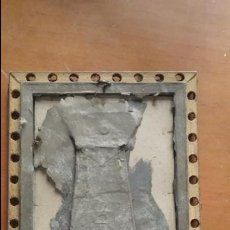 Antigüedades: PRECIOSO ANTIGUO MARCO MADERA Y ESTUCO DORADO 22,5 X 16,5 CM. Lote 86630628