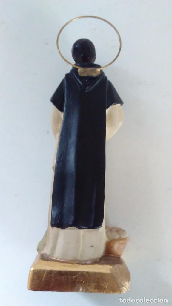Antigüedades: Figura de San Martín de Porres con la escoba, el pan y el ratón. - Foto 9 - 86715932