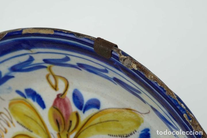 Antigüedades: Plato en cerámica de Manises colores finales siglo XIX - Foto 8 - 86835700