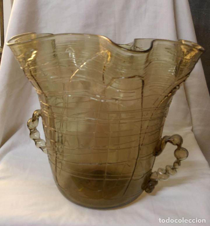 JARRON GRANDE ANTIGUO DE LA CASA GORDIOLA, UNA PRECIOSIDAD (Antigüedades - Cristal y Vidrio - Mallorquín)