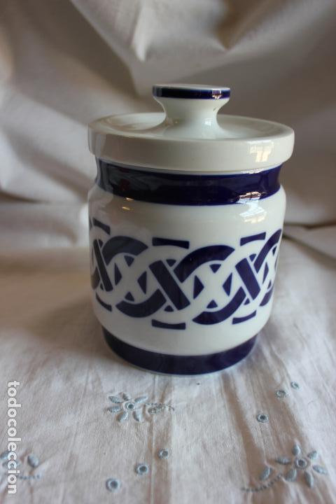 TARRO DE SARGADELOS. 10 CMS DIAMETRO BOCA, 14,50 CMS DE ALTO. (Antigüedades - Porcelanas y Cerámicas - Sargadelos)