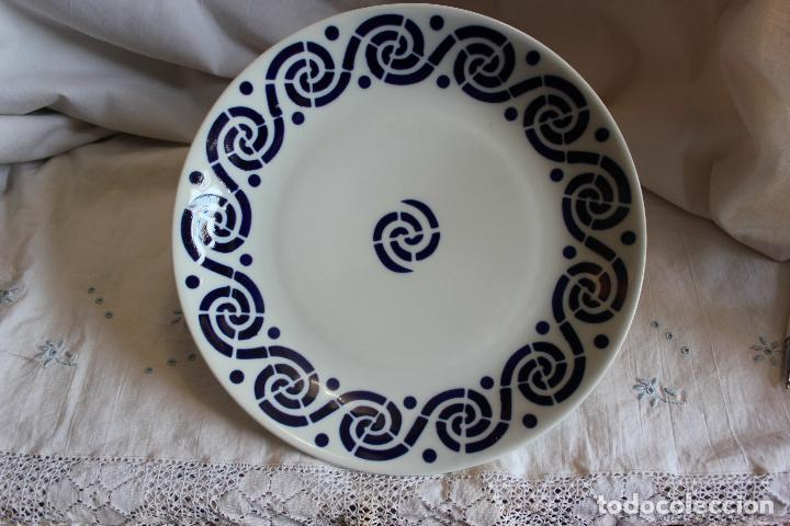 PLATO DE SARGADELOS DE 27 CMS DE DIAMETRO. (Antigüedades - Porcelanas y Cerámicas - Sargadelos)
