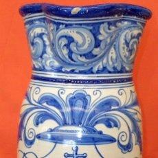 Antigüedades: BONITO BASTONERO - PARAGUERO EN FORMA DE JARRA EN CERAMICA DE TELAVERA (NIVEIRO) CIRCA 1910. Lote 86965872