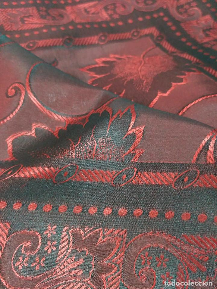 Antigüedades: Pañuelo de seda adamascado. Indumentaria tradicional. - Foto 8 - 86998988