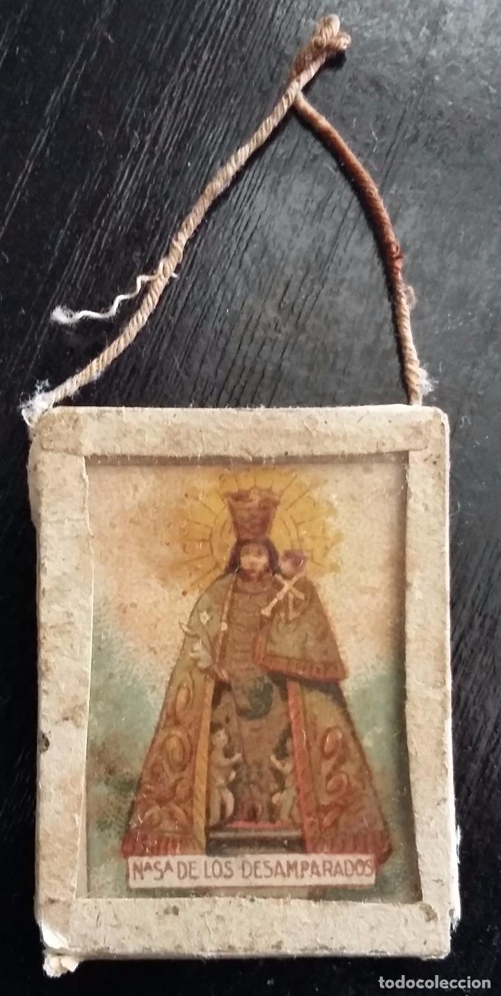 ESCAPULARIO VIRGEN DE LOS DESAMPARADOS. LITOGRAFIA - FINALES S. XIX (Antigüedades - Religiosas - Escapularios Antiguos)