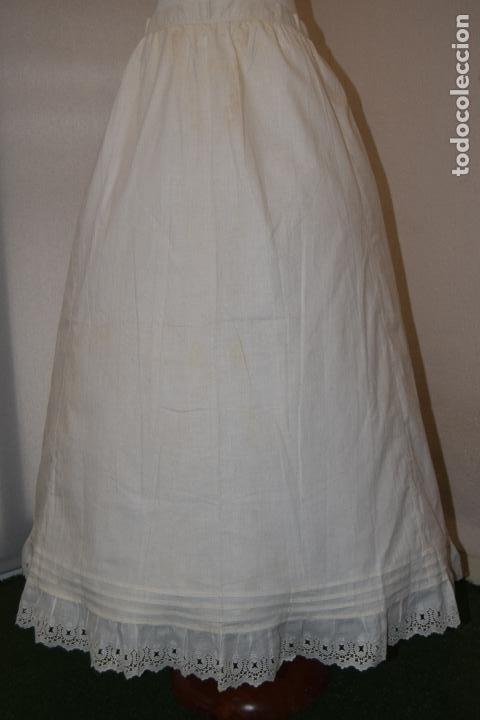 ENAGUA CON PUNTILLA ,INDUMENTARIA (Antigüedades - Moda y Complementos - Mujer)
