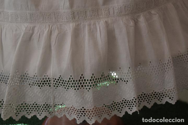 Antigüedades: enagua con tira bordada ,indumentaria - Foto 3 - 90481633
