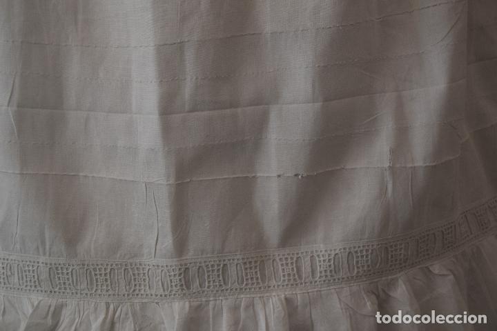 Antigüedades: enagua con tira bordada ,indumentaria - Foto 4 - 90481633