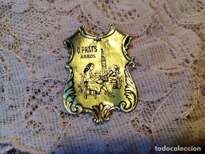 Antigüedades: TAPETE PAÑUELO ENCAJE BOLILLOS..damina prats --arbos-arboç PUNTAIRE --PUNTA COIXI BRUSELAS AGUJA - Foto 2 - 87337312