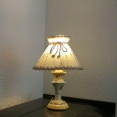Antigüedades: LAMPARA ANTIGUA DE MESA O MESILLA. VIDELER