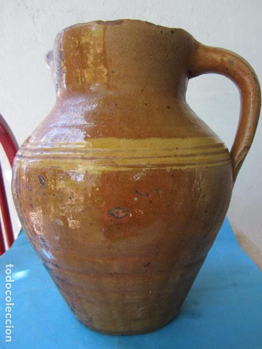 JARRA PARA ACEITE O VINO DE CERAMICA , DESCONOZCO ZONA (Antigüedades - Porcelanas y Cerámicas - Otras)
