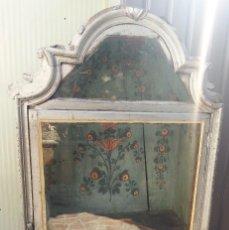 Antigüedades: CENTENARIA HORNACINA, VITRINA PARA VIRGEN O SANTO. IMPRESIONANTE VEJEZ ACUMULADA. MARAVILLOSA PIEZA.. Lote 87443816