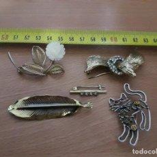 Antigüedades: PRECIOSOS BROCHES EN METAL MODA VINTAGE. Lote 87467972