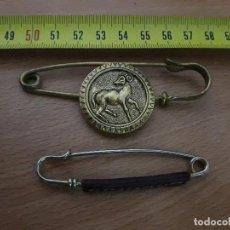 Antigüedades: PRECIOSOS BROCHES EN METAL MODA VINTAGE. Lote 87468012