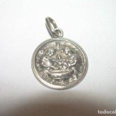 Antigüedades: ANTIGUA Y BONITA MEDALLA DE PLATA...BAUTISMO.. Lote 87536632