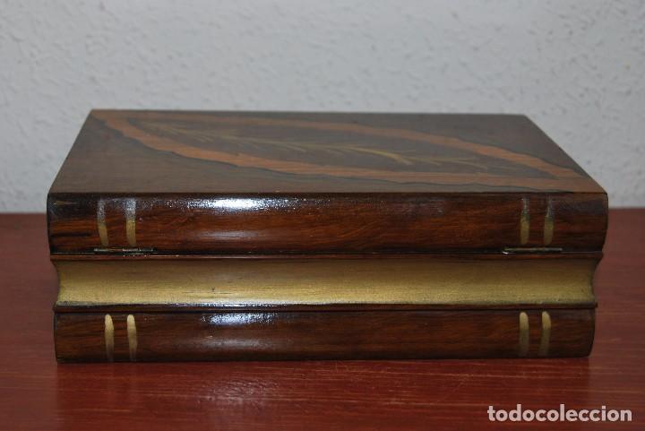 Antigüedades: ANTIGUA CAJA DE MADERA IMITANDO LIBROS - TABAQUERA - Foto 6 - 87595604
