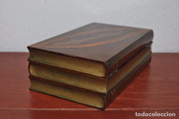 Antigüedades: ANTIGUA CAJA DE MADERA IMITANDO LIBROS - TABAQUERA - Foto 7 - 87595604