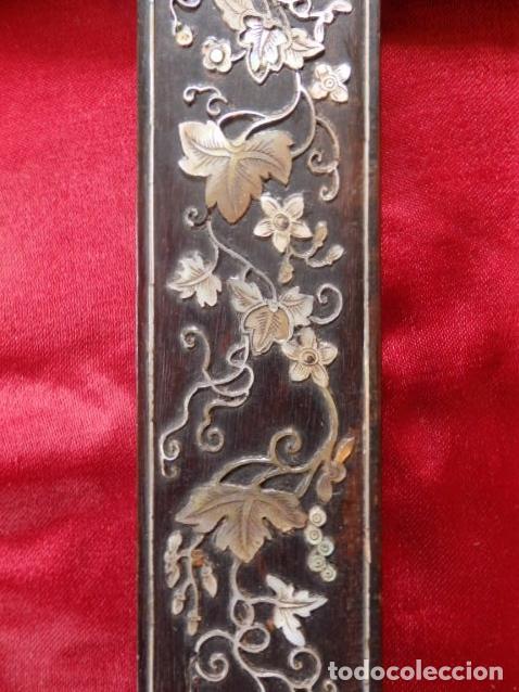 Antigüedades: Cruz filipina con incrustaciones de nácar. 46,5 cm. Siglo XIX. - Foto 6 - 87613588
