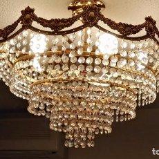 Antigüedades: LAMPARA TECHO CRISTAL LAGRIMAS STRASS FUNCIONA. Lote 87658056