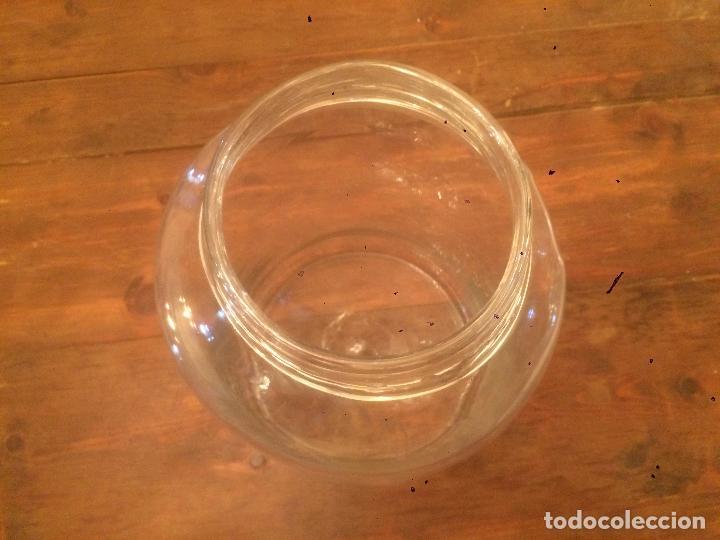 Antigüedades: Antiguo bote / tarro de cristal Catalán soplado a mano del siglo XIX con tapón de corcho - Foto 8 - 87670448