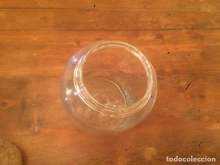 Antigüedades: Antiguo bote / tarro de cristal Catalán soplado a mano del siglo XIX con tapón de corcho - Foto 22 - 87670448