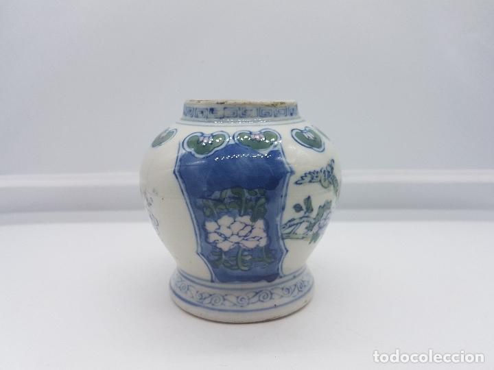 Antigüedades: Jarron antiguo en porcelana china con motivos de pajaritos y flores pintados. - Foto 2 - 87671372