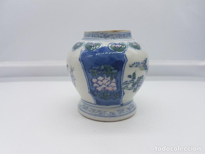 Antigüedades: Jarron antiguo en porcelana china con motivos de pajaritos y flores pintados. - Foto 4 - 87671372