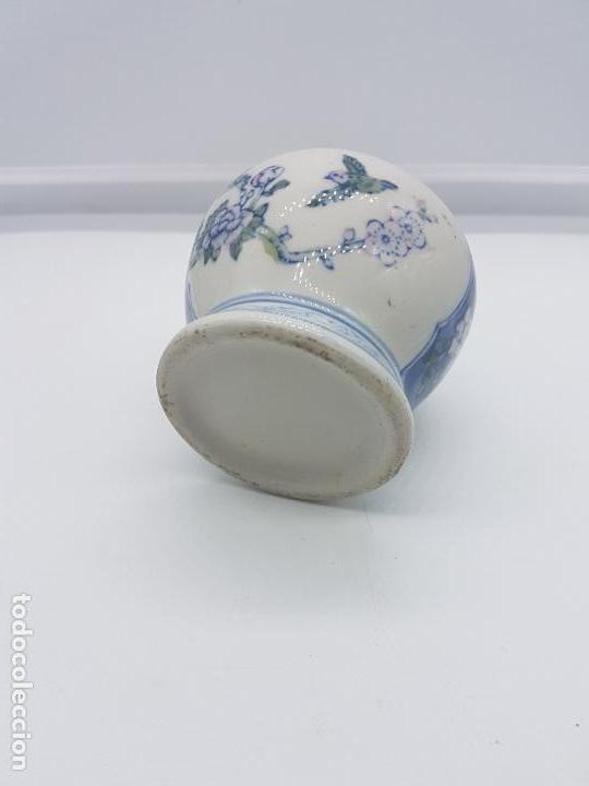 Antigüedades: Jarron antiguo en porcelana china con motivos de pajaritos y flores pintados. - Foto 6 - 87671372