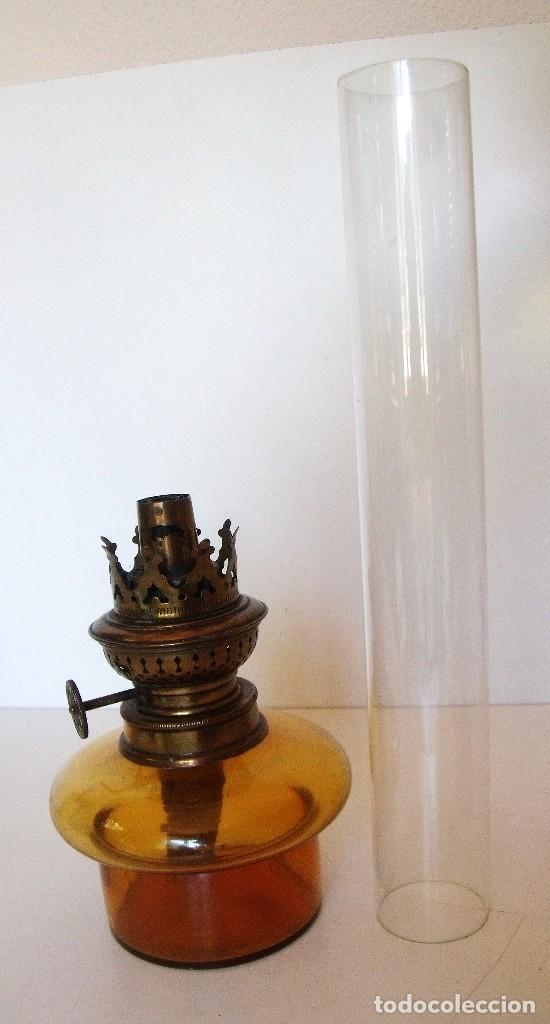 Antigüedades: ANTIGUO QUINQUÉ DE PETROLEO. CRISTAL Y LATÓN DORADO. CA. 1900/1920 - Foto 2 - 87736960