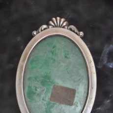 Antigüedades: MARCO DE PLATA DE LEY DE SOBREMESA , MINIATURA . Lote 87785368