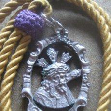 Antigüedades: SEMANA SANTA SEVILLA - MEDALLA CON CORDON DE NTRO PADRE JESUS GRAN PODER. Lote 87870440