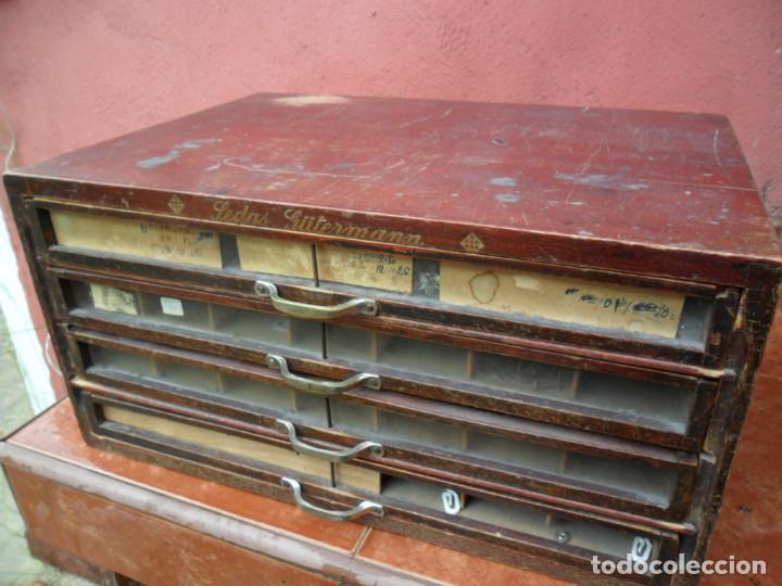 Antigüedades: CAJONERA - ARCHIVADOR - DE MERCERIA - DE LA CASA SEDAS GÜTERMANN - ANTIGUO - Foto 2 - 158580605