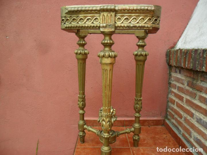 Antigüedades: CONSOLA EN MADERA TALLADA Y ACABADO EN PAN DE ORO SIGLO XVIII - Foto 2 - 87912324