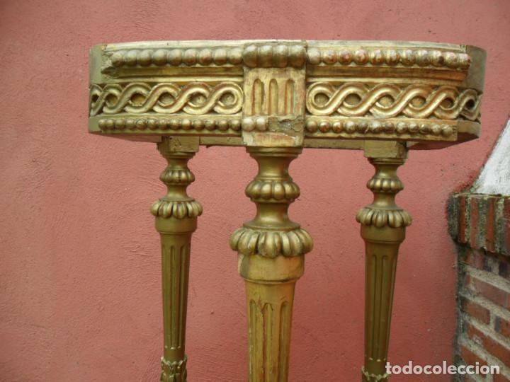 Antigüedades: CONSOLA EN MADERA TALLADA Y ACABADO EN PAN DE ORO SIGLO XVIII - Foto 3 - 87912324